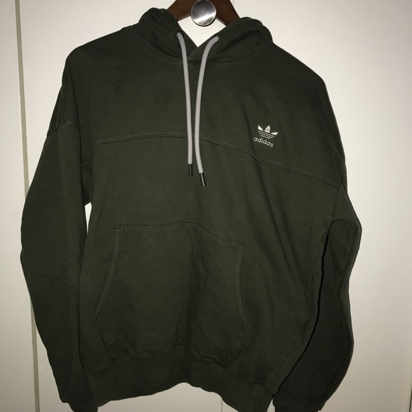 2b0e6b902346 adidas Other - adidas originals mens oversized hoodie jumper